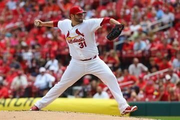 ST. LOUIS, MO - SEPTEMBER 1: Lance Lynn #31 of the St. Louis Cardinals pitches against the Pittsburgh Pirates in the first inning at Busch Stadium on September 1, 2014 in St. Louis, Missouri.  (Photo by Dilip Vishwanat/Getty Images) By Dilip Vishwanat