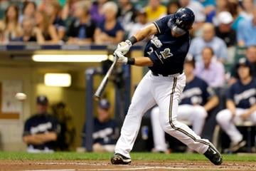 MILWAUKEE, WI - SEPTEMBER 04: Gerardo Parra #28 of the Milwaukee Brewers hits a single in the first inning against the St. Louis Cardinals at Miller Park on September 04, 2014 in Milwaukee, Wisconsin. (Photo by Mike McGinnis/Getty Images) By Mike McGinnis