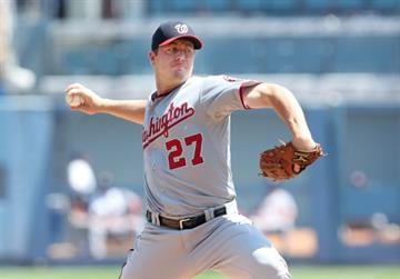 LOS ANGELES, CA - SEPTEMBER 03:  Jordan Zimmermann #27 of the Washington Nationals throws a pitch against the Los Angeles Dodgers at Dodger Stadium on September 3, 2014 in Los Angeles, California.  (Photo by Stephen Dunn/Getty Images) By Stephen Dunn