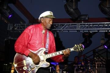Chuck Berry perfroms in downtown St. Louis on Thursday, July 29, 2010 in order to bring the 2012 Democratic National Convention to the city. By KMOV Web Producer