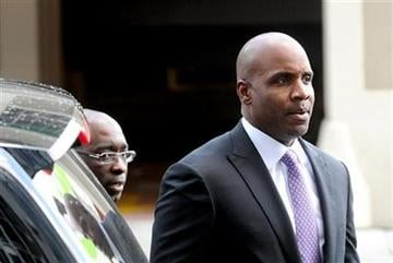 Former baseball player Barry Bonds arrives at federal court as a jury deliberates perjury charges against him on Wednesday, April 13, 2011, in San Francisco. (AP Photo/Noah Berger) By Noah Berger