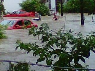 Flash flooding in Hannibal. Bear Creek flooded the street Kenwood. By Lakisha Jackson