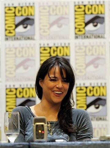 "*** CORRECTS GENDER OF PERSONAL PRONOUN *** Actress Michelle Rodriguez discusses her feature film ""Battle: Los Angeles"" at Comic Con in San Diego, Calif. on Thursday, July 22, 2010. (AP Photo/Dan Steinberg) By Dan Steinberg"