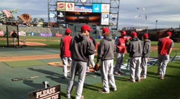 The Cardinals and Giants prepare for Game 6 of the NLCS in San Francisco.