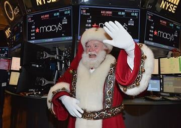 NEW YORK, NY - NOVEMBER 26:  Santa Claus visits New York Stock Exchange on November 26, 2014 in New York City.  (Photo by Slaven Vlasic/Getty Images) By Slaven Vlasic