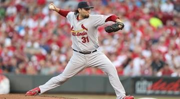 CINCINNATI, OH - AUGUST 24: Lance Lynn #31 of the St.Louis Cardinals throws a pitch during the game against the Cincinnati Reds at Great American Ball Park on August 24, 2012 in Cincinnati, Ohio. (Photo by Andy Lyons/Getty Images) By Dan Mueller