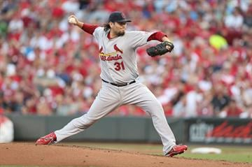 CINCINNATI, OH - AUGUST 24:  Lance Lynn #31 of the St.Louis Cardinals throws a pitch during the game against the Cincinnati Reds at Great American Ball Park on August 24, 2012 in Cincinnati, Ohio.  (Photo by Andy Lyons/Getty Images) By Andy Lyons