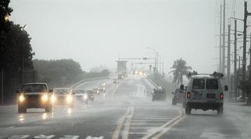 KEY WEST, FL - AUGUST 25: Cars leave the Lower Keys on August 25, 2012 in Key West, Florida. Residents in the Florida Keys are preparing after a Hurricane Warning was issued as Tropical Storm Isaac tracks north. (Photo by Marc Serota/Getty Images)