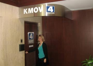 Dr. Jill Grimes making her entrance into KMOV for her appearance on Great Day St. Louis.