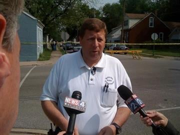 Belleville Police Captain Don Sax talks with reporters about a homicide in Belleville. By Afton Spriggs