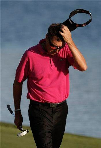 Robert Allenby of Australia approaches the 18th green during the final round of The Players Championship golf tournament Sunday, May 9, 2010, in Ponte Vedra Beach, Fla. Allenby finished second, 16 under par 272. (AP Photo/Wilfredo Lee) By Wilfredo Lee