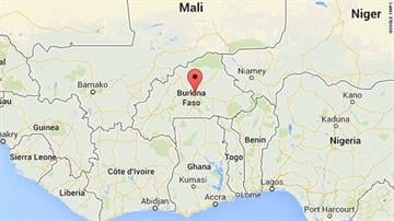 Flight 5017 lost radar contact 50 minutes after takeoff from Ouagadougou, Burkina Faso, early Thursday. It was supposed to have arrived at Algiers' Houari Boumediene Airport about four hours later. By Stephanie Baumer