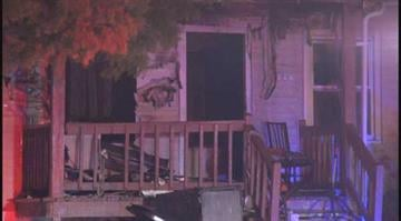 (KMOV.com) – Firefighters responded to flames at a home in University City late Monday night. By Stephanie Baumer