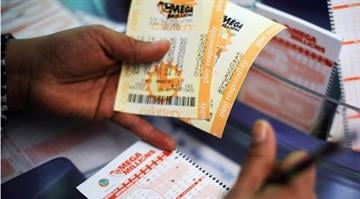 The jackpot that just keeps growing.  Lottery officials say the payout for the Mega Millions drawing is expected to reach $636 million, surpassing earlier estimates. By Belo Content KMOV