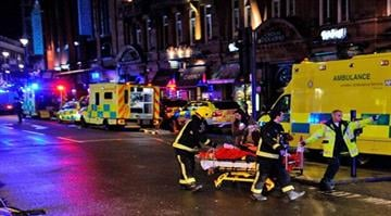 Scores injured in London theater collapse.  The ceiling of the city's Apollo Theatre gives way, showering a packed audience with plaster, wood and dirt. At least seven people are seriously hurt. By Carlos Otero