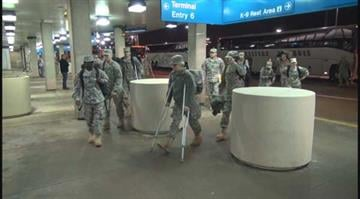 (KMOV.com) – Thousands of soldiers stationed at Fort Leonard Wood flew out of Lambert Airport on Friday. By Stephanie Baumer