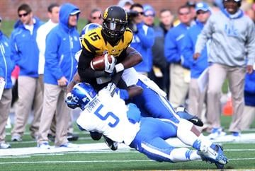 Missouri Tigers Dorial Green-Beckham is tackled by the Kentucky Wildcats defense the fourth quarter at Faurot Field in Columbia, Missouri on October 27, 2012. Missouri defeated Kentucky 33-10. UPI/Bill Greenblatt By BILL GREENBLATT