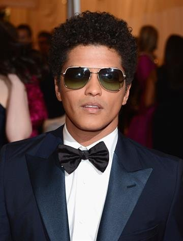 "NEW YORK, NY - MAY 07:  Bruno Mars attends the ""Schiaparelli And Prada: Impossible Conversations"" Costume Institute Gala at the Metropolitan Museum of Art on May 7, 2012 in New York City.  (Photo by Dimitrios Kambouris/Getty Images) By Dimitrios Kambouris"
