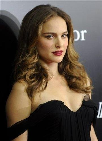 Actress Natalie Portman attends the premiere of 'Black Swan' at the Ziegfeld Theatre on Tuesday, Nov. 30, 2010 in New York. (AP Photo/Evan Agostini) By Evan Agostini