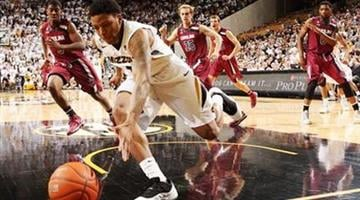 Missouri guard Wes Clark chases down a loose ball in second half of an NCAA college basketball game against South Carolina, Saturday, Jan. 25, 2014, in Columbia, Mo. (AP Photo/St. Louis Post-Dispatch, Chris Lee) By Chris Lee
