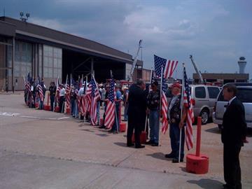 Governor Nixon thanks the Patriot Guard at Lambert Airport By KMOV Web Producer