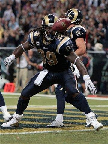 St. Louis Rams running back Steven Jackson (39) celebrates after scoring a touchdown against the San Diego Chargers during the the second quarter of an NFL football game Sunday, Oct. 17, 2010, in St. Louis. (AP Photo/Jeff Roberson) By Jeff Roberson