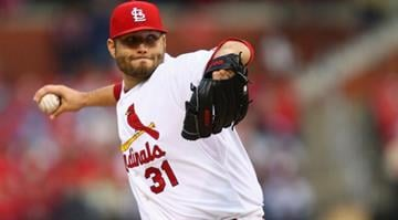 ST. LOUIS, MO - MAY 16: Starter Lance Lynn #31 of the St. Louis Cardinals pitches against the Atlanta Braves at Busch Stadium on May 16, 2014 in St. Louis, Missouri.  (Photo by Dilip Vishwanat/Getty Images) By Dilip Vishwanat