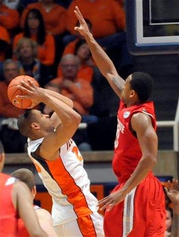 Illinois' Dominique Keller, left, is defended by Ohio State's David Lighty during their NCAA college basketball game at the Assembly Hall in Champaign, Ill., on Sunday, Feb. 14, 2010. (AP Photo/Robin Scholz) By Robin Scholz