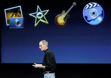 Apple CEO Steve Jobs talks about the Apple new iLife at Apple headquarters in Cupertino, Calif., Wednesday, Oct. 20, 2010. (AP Photo/Tony Avelar) By Tony Avelar
