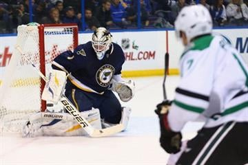 ST. LOUIS, MO - NOVEMBER 23: Brian Elliott #1 of the St. Louis Blues makes a save against the Dallas Stars at the Scottrade Center on November 23, 2013 in St. Louis, Missouri.  (Photo by Dilip Vishwanat/Getty Images) By Dilip Vishwanat