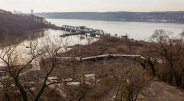 How fast NYC train was going before derailment.  Data recorders reveal the rate of speed was 82 mph on a 30 mph curve, but it's unclear whether the cause of the deadly crash was human or mechanical error. By Christopher Gregory