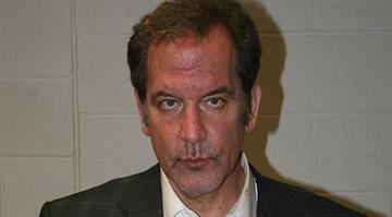 Police say prominent local defense attorney Scott Rosenblum was arrested after a head-on crash in Brentwood early Tuesday morning. By Brendan Marks