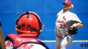 Cardinals pitcher Brad Penny throws a pitch during warm-ups of Monday's Mets-Cardinals game. By Lakisha Jackson