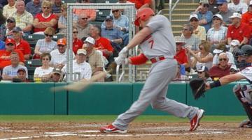Cardinals LF Matt Holliday breaks a bat on contact during an at-bat Tuesday. By Lakisha Jackson