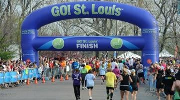 Several roads and lanes will be closed this weekend as more than 25,000 runners will flock to the downtown area for the Go! St. Louis Marathon and Family Fitness Weekend. By Belo Content KMOV