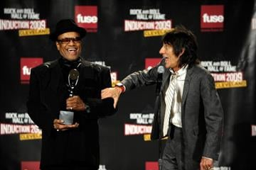 CLEVELAND - APRIL 04:  (L-R) Bobby Womack and Ronnie Wood pose in the press room during the 24th Annual Rock and Roll Hall of Fame Induction Ceremony at Public Hall on April 4, 2009 in Cleveland, Ohio.  (Photo by Jamie Sabau/Getty Images) By Jamie Sabau