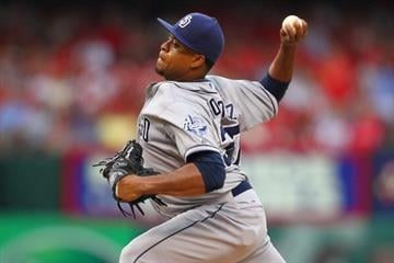 ST. LOUIS, MO - JULY 20: Starter Edinson Volquez #37 of the San Diego Padres pitches against the St. Louis Cardinals at Busch Stadium on July 20, 2013 in St. Louis, Missouri.  (Photo by Dilip Vishwanat/Getty Images) By Dilip Vishwanat