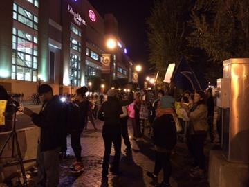 Protests outside the Edwards Jones Dome during the Rams vs. 49ers game. By Ruella Rouf