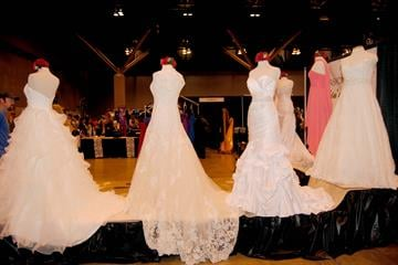 The St. Louis Bride and Groom Magazine hosted a bridal convention at the America's Center on 1/6/13. By KMOV Web Producer