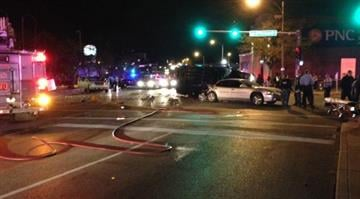 More than 10 people were injured after a police chase led to a wreck involving five vehicles in north St. Louis Sunday night. By Elizabeth Eisele