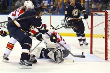 ST. LOUIS, MO - OCTOBER 5: Brenden Morrow #10 of the St. Louis Blues scores a goal against the Florida Panthers at the Scottrade Center on October 5, 2013 in St. Louis, Missouri.  (Photo by Dilip Vishwanat/Getty Images) By Dilip Vishwanat