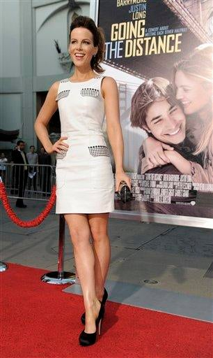 """Actress Kate Beckinsale arrives at the premiere of the film """"Going the Distance,"""" Monday, Aug. 23, 2010, in Los Angeles. (AP Photo/Chris Pizzello) By Chris Pizzello"""