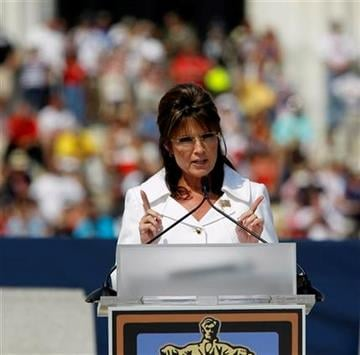 "Former Gov. Sarah Palin speaks at the Glenn Beck ""Restoring Honor"" rally in front of the Lincoln Memorial in Washington, Saturday, Aug. 28, 2010.(AP Photo/Alex Brandon) By Alex Brandon"