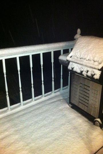 3 inches at Innsbrook and still coming down! By Afton Spriggs