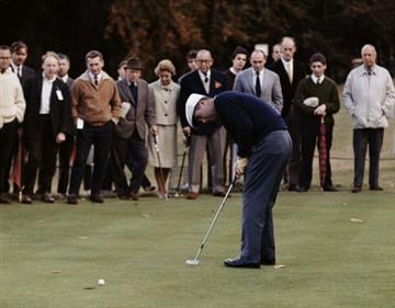 Ken Venturi of the United States makes a putt during the Piccadilly World Match Play Championship held on 9th October 1964 at The Wentworth Golf Club in Virginia Water, United Kingdom. (Photo by Getty Images) By Getty Images