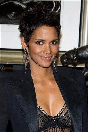 Halle Berry appears at the Ralph Lauren Madison Avenue store for Fashion's Night Out in New York, Friday, Sept. 10, 2010. (AP Photo/Charles Sykes) By Charles Sykes
