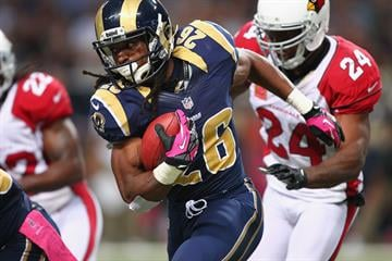 ST. LOUIS, MO - OCTOBER 4: Daryl Richardson #26 of the St. Louis Rams rushes against the Arizona Cardinals at the Edward Jones Dome on October 4, 2012 in St. Louis, Missouri.  (Photo by Dilip Vishwanat/Getty Images) By Dilip Vishwanat