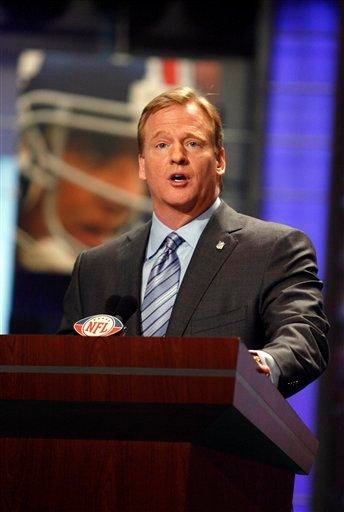 FILE -- This is an April 25, 2009, file photo, showing NFL commissioner Roger Goodell during the NFL Draft in New York.  (AP Photo/Jason DeCrow, File) By Jason DeCrow