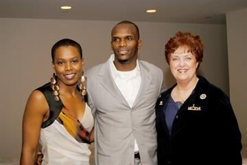 """Former Rams' player Isaac Bruce hosts the """"Bob 'n Weave Ball,"""" a fundraising event at Lumen on 11/12/12 while celebrating his 40th birthday. By KMOV Web Producer"""