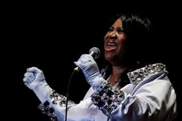 Aretha Franklin performs at The Mann Center for the Performing Arts in Philadelphia, Tuesday, July 27, 2010.  (AP Photo/Matt Rourke) By Matt Rourke
